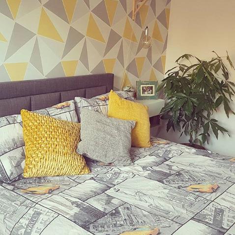 Yellow and Grey Geometric Wallpaper Instagram @em5ies