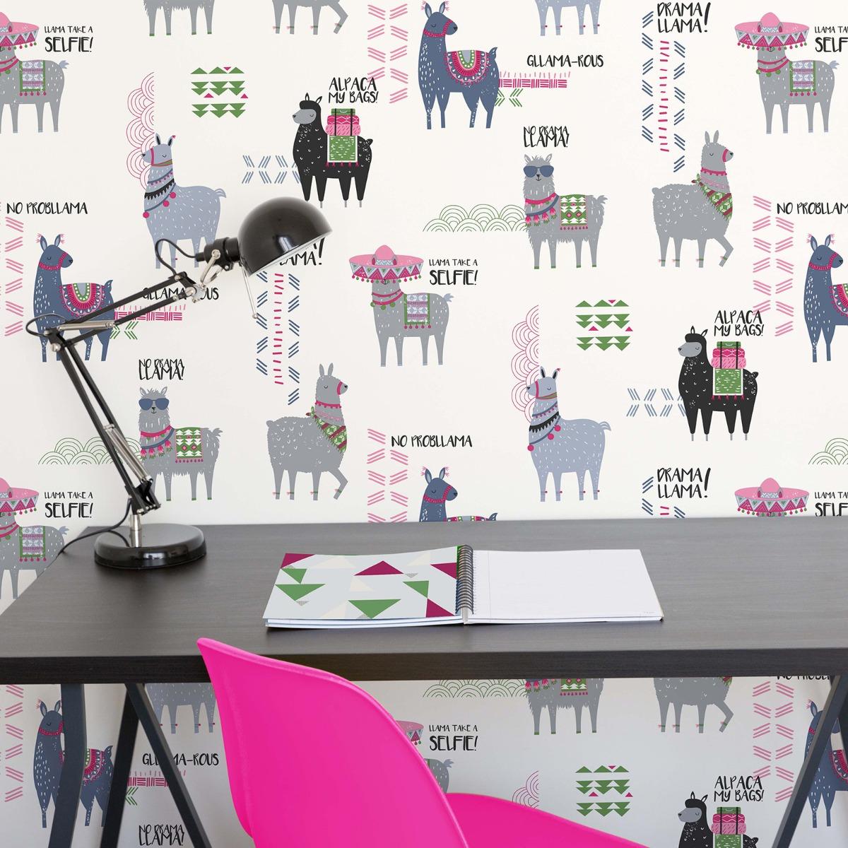 Crown Drama Llamas Wallpaper