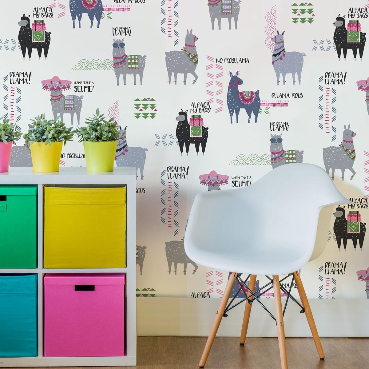 Crown Drama Llamas Wallpaper Multi